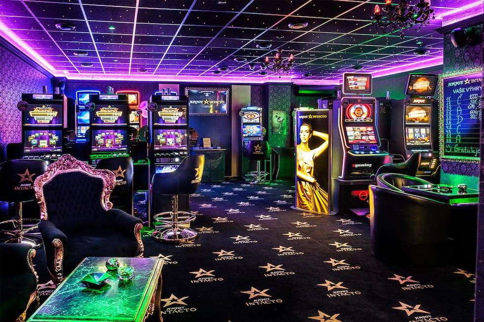 Comment les casinos utilisent la psychologie et le design pour vous inciter à jouer plus